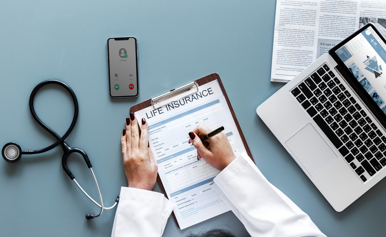 Bảo hiểm sức khỏe và bảo hiểm nhân thọ có gì giống và khác nhau?